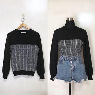 Gray Black Plaid Pullover Sweater Long Sleeves