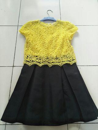 Moscato lace dress