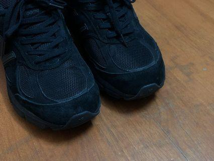 🚚 new balance 990 V4 black