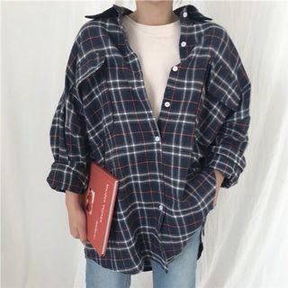 Oversized plaid button shirt