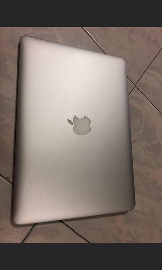 🚚 Macbook air 13 inch i7