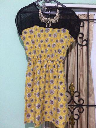 Dress floral kuning