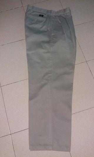 Dockers pants size 32