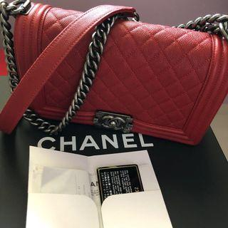 🚚 Chanel Boy in Rouge Colour