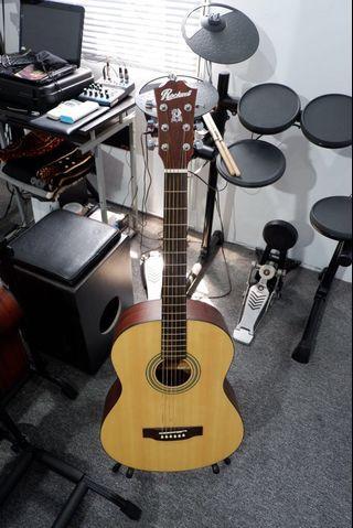 gitar akustik rockwell