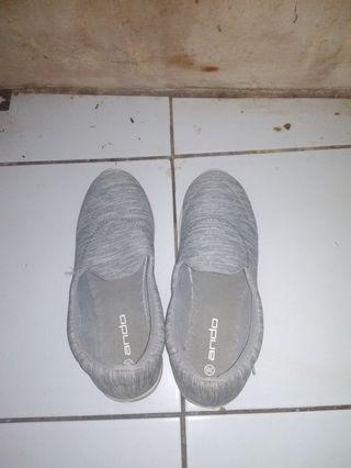 #Bapau sepatu wanita