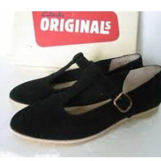 Clarks Shoes Phenis Eve