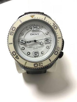 DKNY 手錶