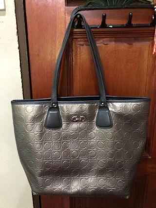 Preloved Ferragamo Handbag