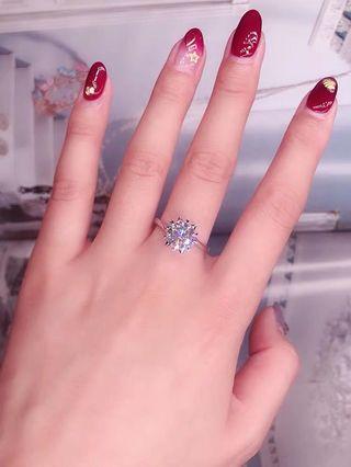 莫桑鑽 戒指 一卡 火彩比鑽石更閃 D色 VVS淨度