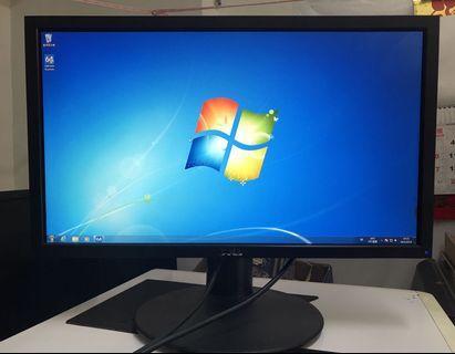 """Dell  UltraSHARP 23"""" IPS monitor, 連可升降旋轉座架"""
