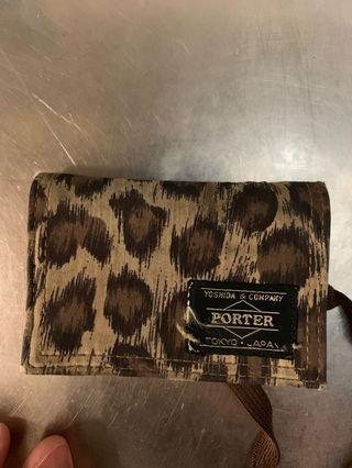 Porter 豹紋包 挷帶就爛 同logo有少少斷線