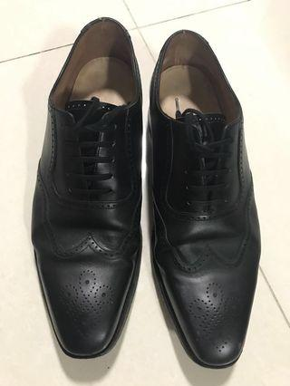 Loake 1880 Black Leather Shoes