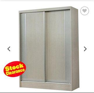 Stock clearance offer 5'ft sliding wardrobe