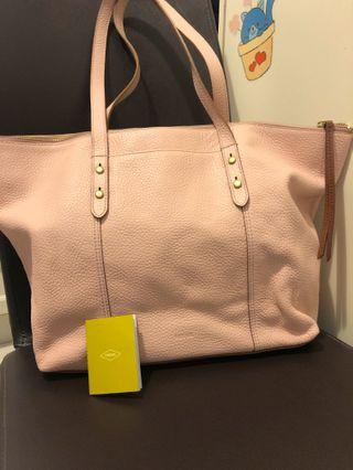 Fossil Jenna leather tote . Dusty Pink . Kept and unused . New .