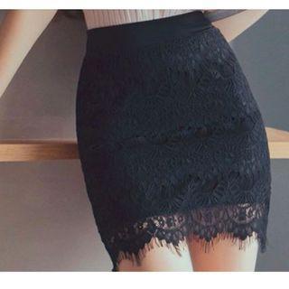 蕾絲窄短裙