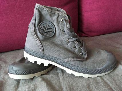 Palladium Boots (Gray color/ size 38)