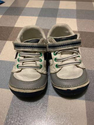 🚚 Stride rite baby shoes US 5W