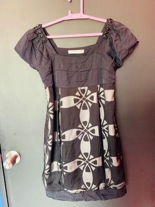 Dress lace style