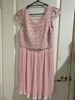 Review Pink Lace Dress (12)