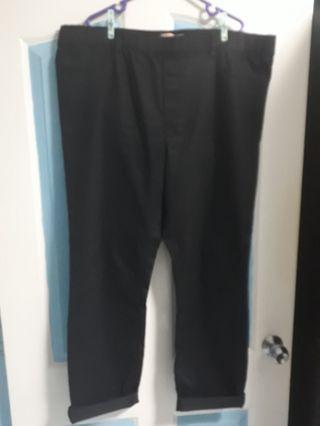 🚚 Plus size black jeans