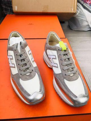 Hogan sneakers 波鞋 36.5 全新 892
