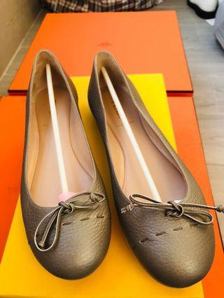 FENDI flat shoes 平底鞋 39號 全新 1799