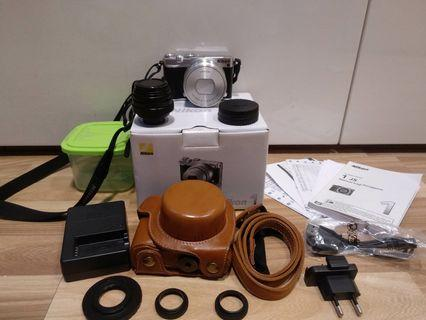 Mirroless Nikon 1 J5 komplit + lensa cctv 25mm F1.8