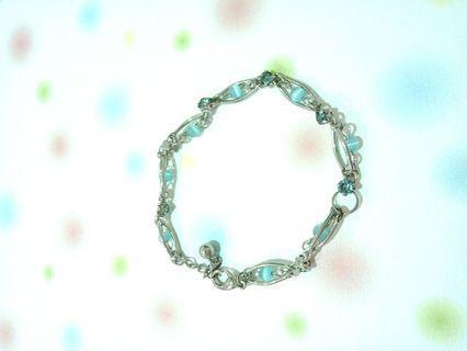 🚚 經典藍珠石手鍊💯💕