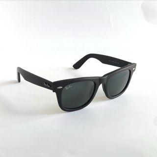 wayfarer black rayban