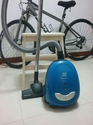 Electrolux MobiOne vacuum C.