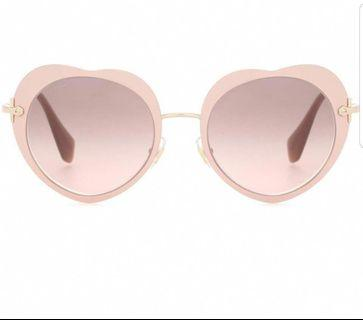 🚚 Miu Miu heart shaped sunglasses pink