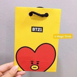 【READY STOCK】BT21 Official Paper Bag