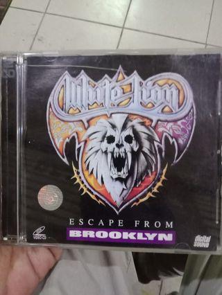 Vcd original escape from Brooklyn, white lion