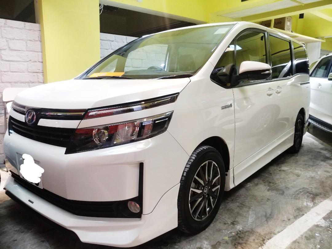 2014 TOYOTA VOXY Hybrid