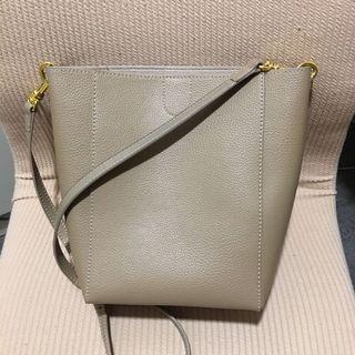 手袋 handbag