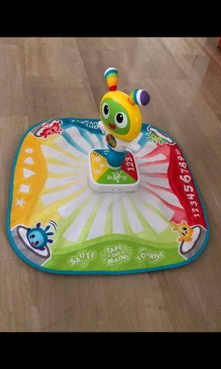 Interactive playing/learning/dancing mat