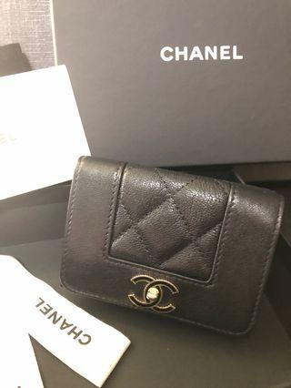 100%real 95%new chanel short wallet in black no26