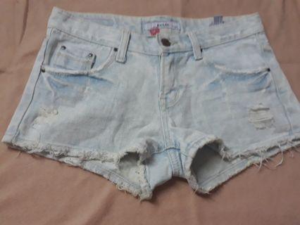 Hotpants sobek2 size m setara 27