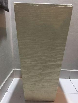Fiber vase white