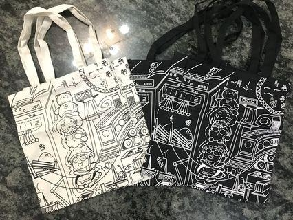 🚚 Canvas Graphic Tote Bag (Instocks)