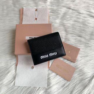Miumiu wallet