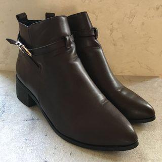 🚚 【鞋】D+AF 暗紅色短靴