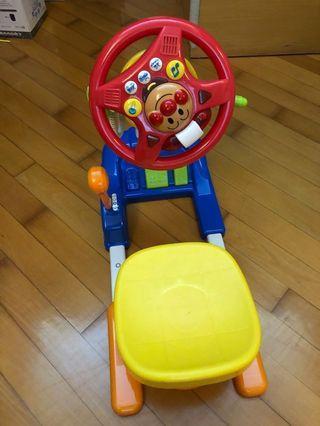 (9成新)麵包超人車有音樂及燈, 原價$599,Anpanman with lights & music,