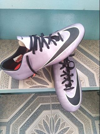 85502924d Nike Mercurial Victory IV (football soccer shoes)