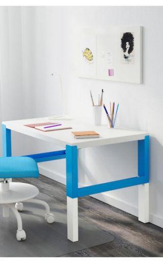 🚚 Used Study Table adjustable height 96*58cm