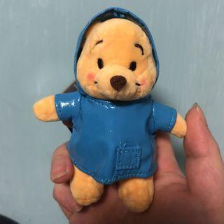 Winnie the Pooh keychain 雨衣維尼鎖鑰扣