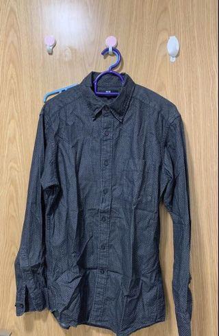 🚚 Uniqlo Long Sleeve Shirt