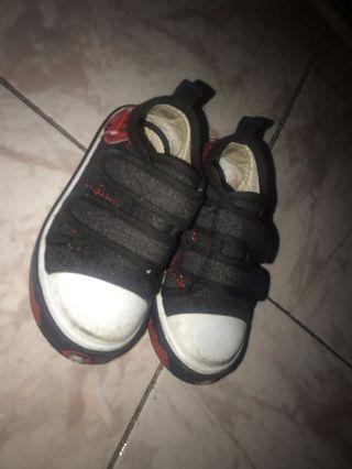Sepatu anak eu 23