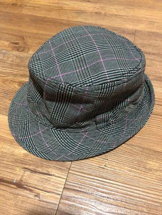 Grey Plaid hat with pink lines